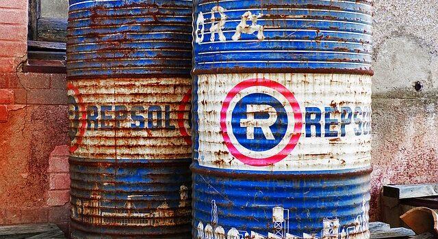 waste oil barrels